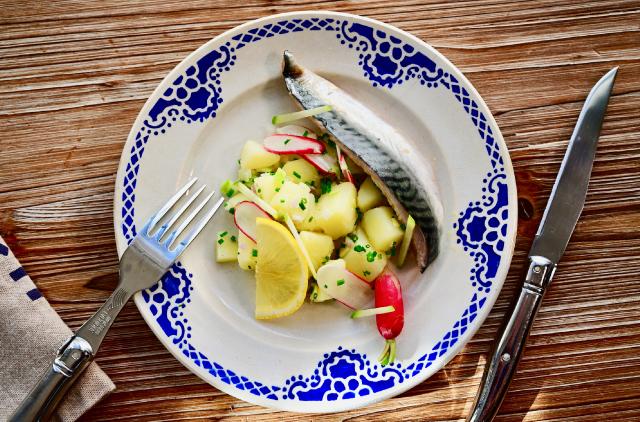 Photo Maquereau sur sa salade tiède de pommes de terre